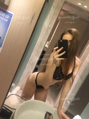 Kamylle escorts in Little Lever, UK