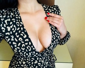 Zenabou outcall escort in Palm Bay