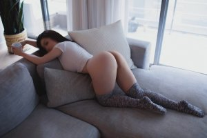 Oreline busty escorts in Romeoville, IL