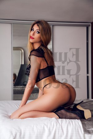 Noursine african escorts in Stayton, OR