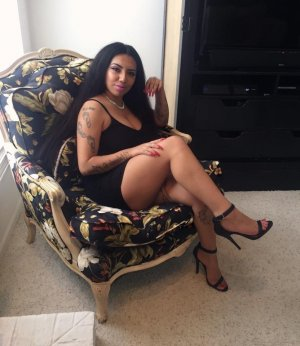 Floryne african escorts in Bend